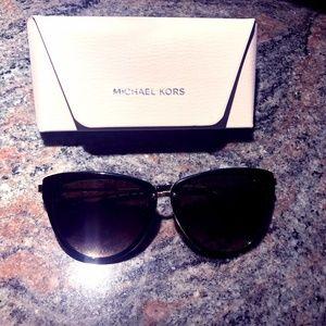 NWT cat eye Michael Kors sunglasses